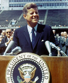 Kennedy speaking at Rice Universite